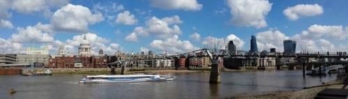 Skyline London von der South Bank aus gesehen (c) Foto von Susanne Haun