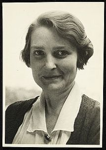 Albee (1890 - 1985)
