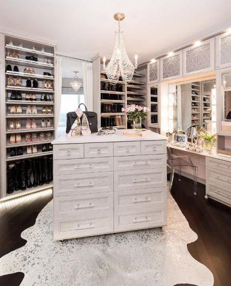 Creating a Dream Closet: 7 Top Tips