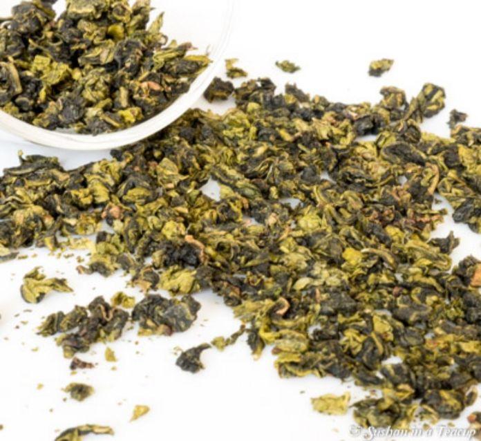 foglie di tè wulong