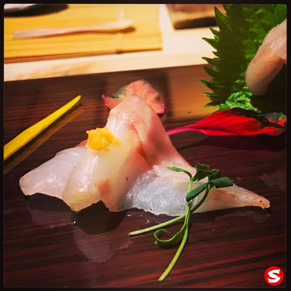 omakase tennen hamachi (wild yellowtai) sashimi