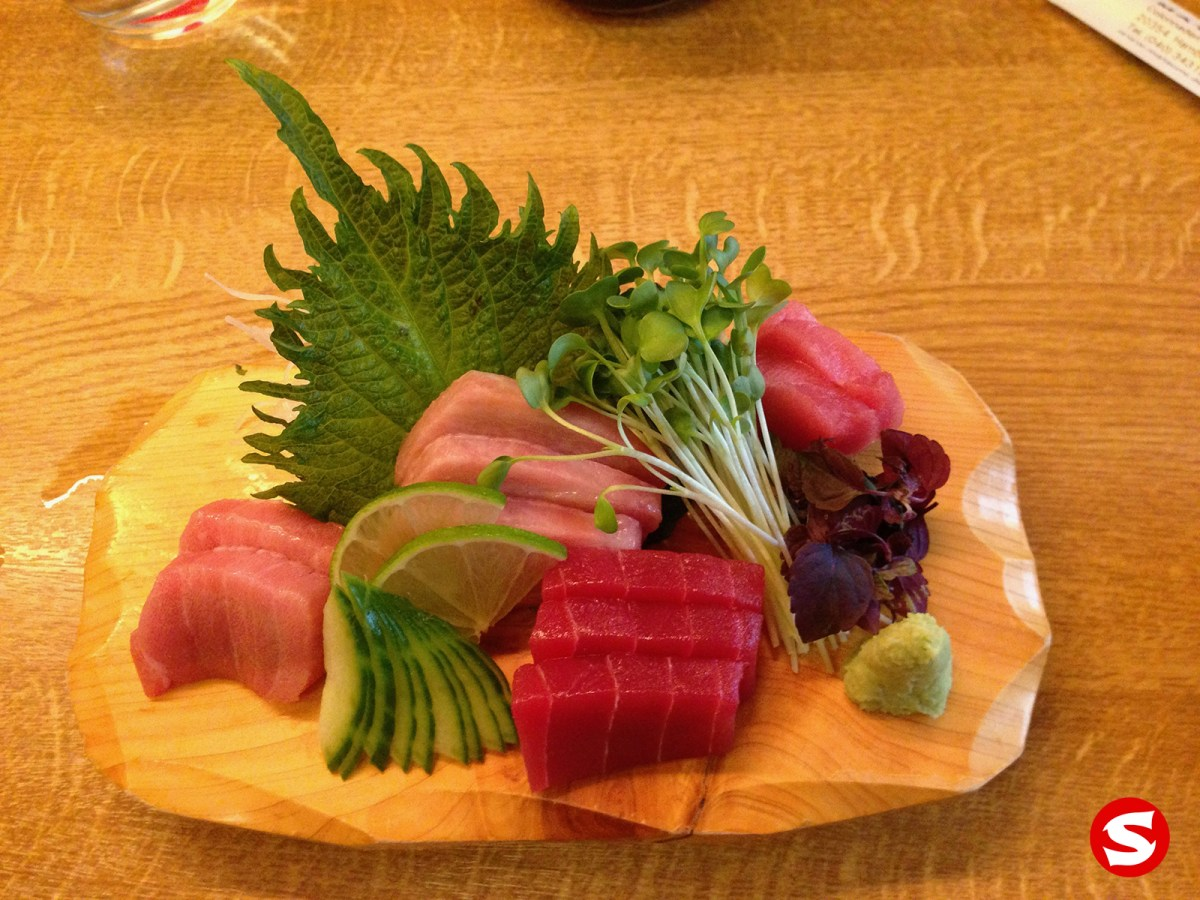 chu toro (bluefin medium fatty tuna belly), hara toro (bluefin fatty tuna belly), maguro (bluefin tuna back), chu toro (bluefin medium fatty tuna belly) sashimi