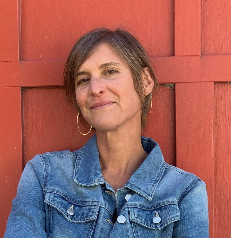 Susie Meserve, author, headshot