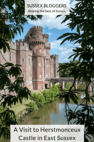 Information on how to visit one of the most beautiful castles in England. Herstmonceux Castle in East Sussex. How to get there, what to do and see, directions and prices #herstmonceux #castle #england #sussex
