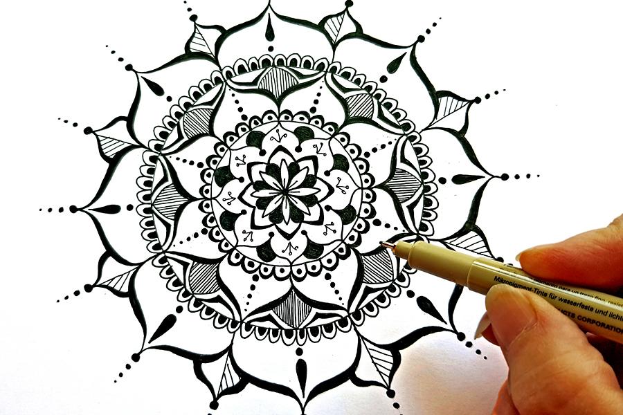 GUft vouchers for online art classes with Sussex based artist, Kathryn Burrington
