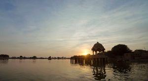 Gadsisar_Lake_Sunset