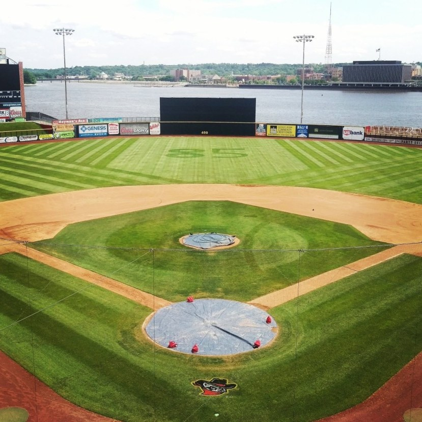 Baseball diamond with mowing patterns
