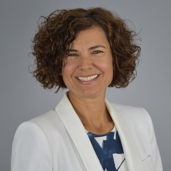 Dr. Eva Ponce
