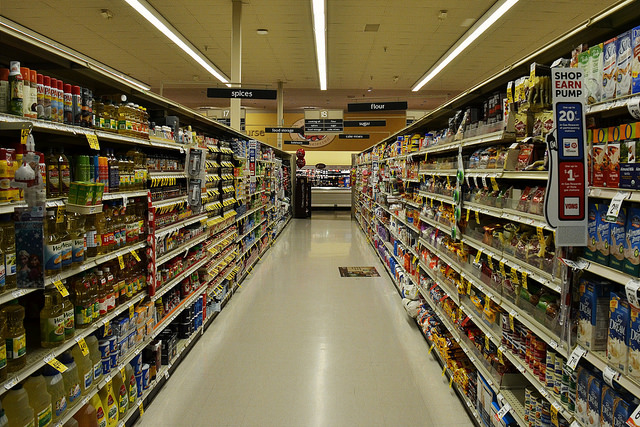 Grocery store aisle. Photo credit: Nupur Shah.