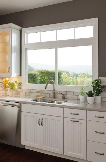 jendela-dapur-dengan-nuansa-pegunungan