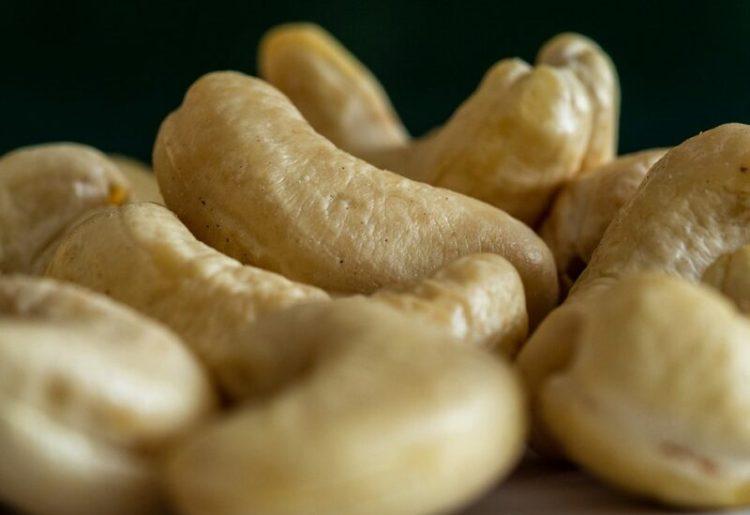Harga Kacang Mete Kualitas Ekspor Indonesia