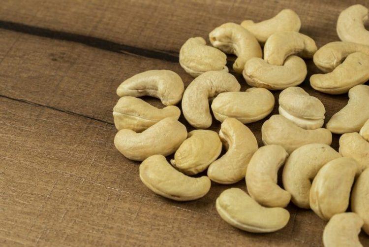 Manfaat dan Kegunaan Kacang Mete