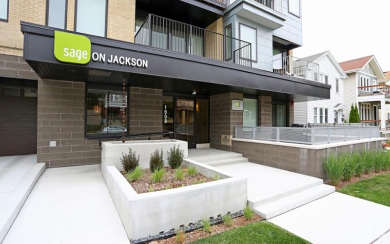 Sage On Jackson Entry