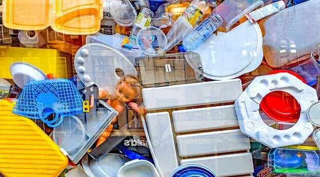 Simple waste-free habits to reduce waste in your life