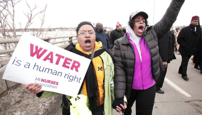 nurses protest water contamination