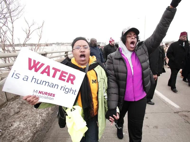 nurses protest water contamination