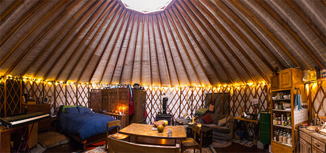 5k Off Grid Yurt Is This Couple S Year Round Home