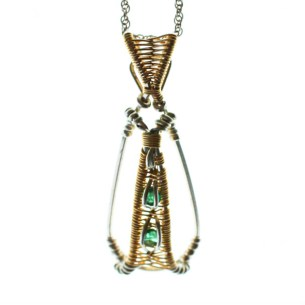 emerald.gold.fill.pendant.gallery,3