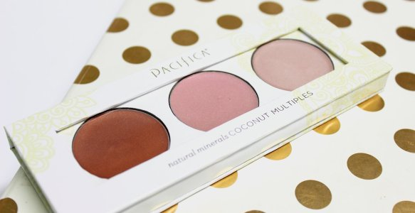 Pacifica Radiant Shimmer Coconut Multiples | What's in my Makeup?