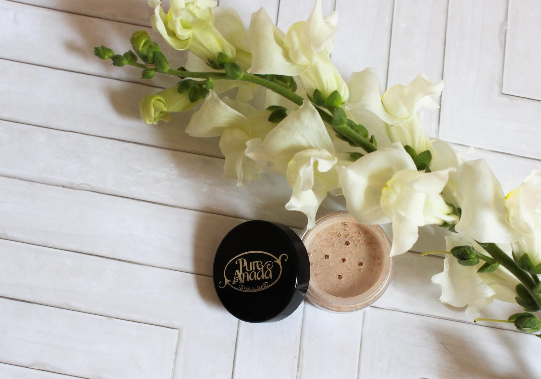 Get the Glow with Pure Anada Loose Mineral Powder