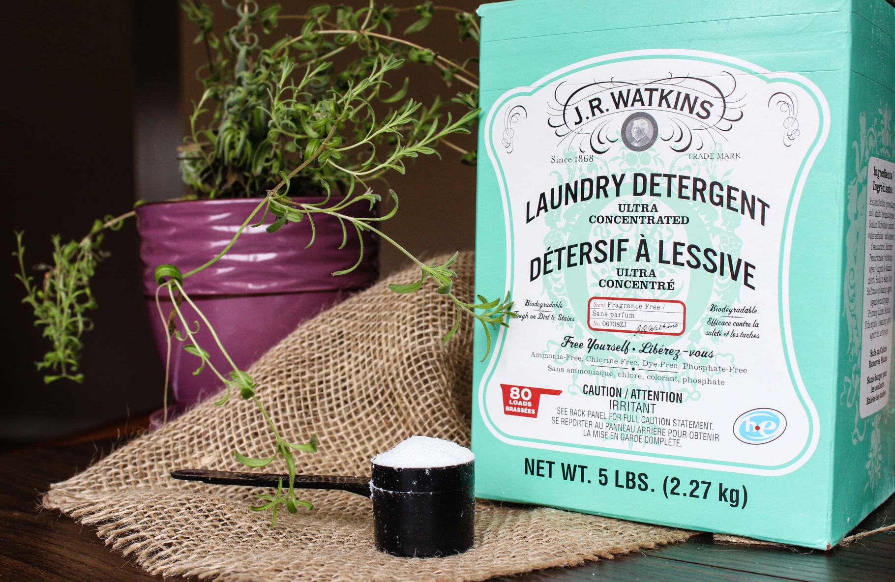 J.R Watkins Powder Laundry Detergent Review | Green Up Your Laundry