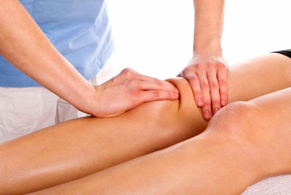 Massage đầu gối