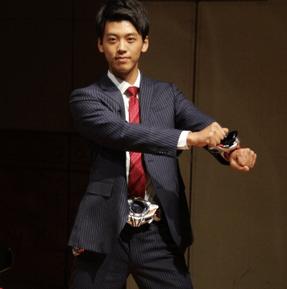 竹内涼真仮面ライダー