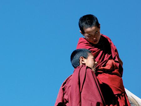 https://i2.wp.com/sutozsolt.egologo.transindex.ro/wp-content/meghivo_himalajakek_tibetvoros_suto_zsolt_2008_decemberlead.jpg