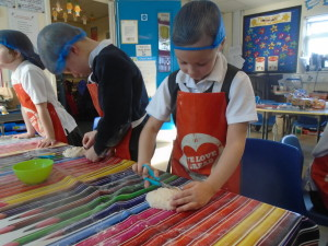 Bread, assembly and bows and arrows 029