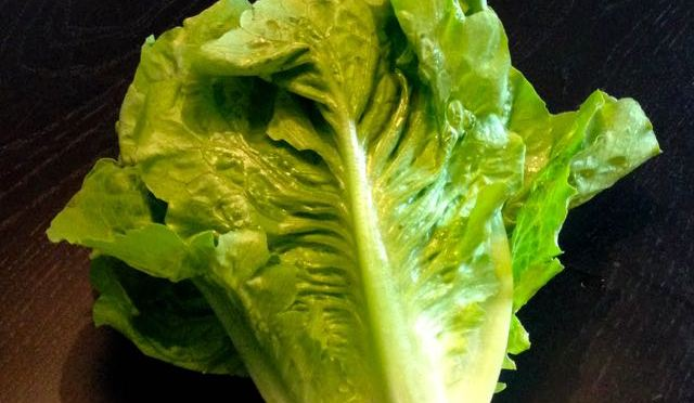 Salaatti nro 57 – klassikko Caesar-salaatti
