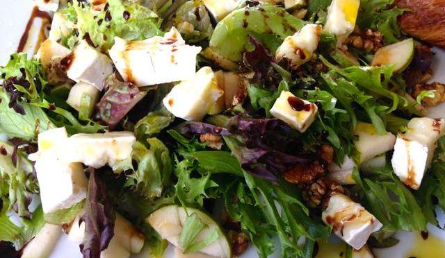 Salaatti 88 – Brie-salaatti