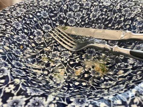 Tyhjä lautanen