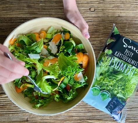 IsoMixi ja salaattipohja