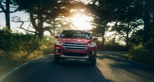 2019 Ford Escape front view