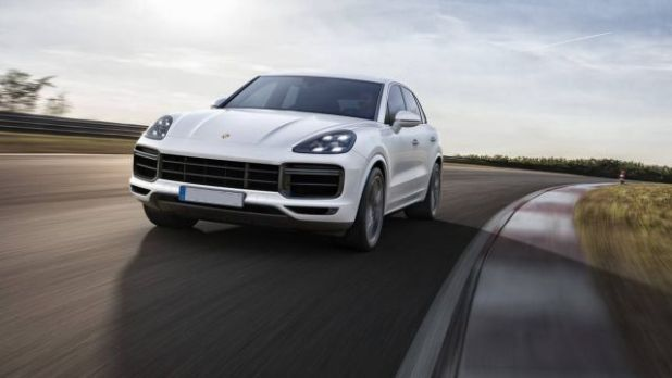 2019 Porsche Cayenne Turbo front view