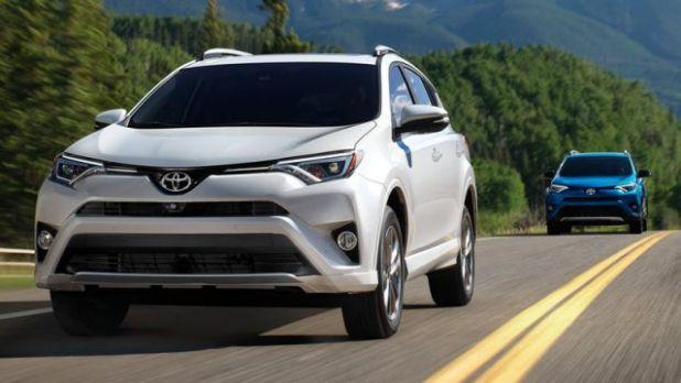 2018 Toyota RAV4 Hybrid front