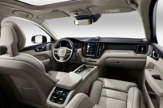 2021 Volvo XC60 interior
