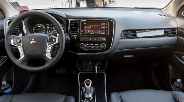 2019 Mitsubishi Outlander interior - 2019 and 2020 New SUV Models