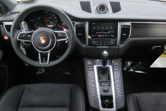 2019 porsche macan interior 2019 and 2020 new suv models. Black Bedroom Furniture Sets. Home Design Ideas