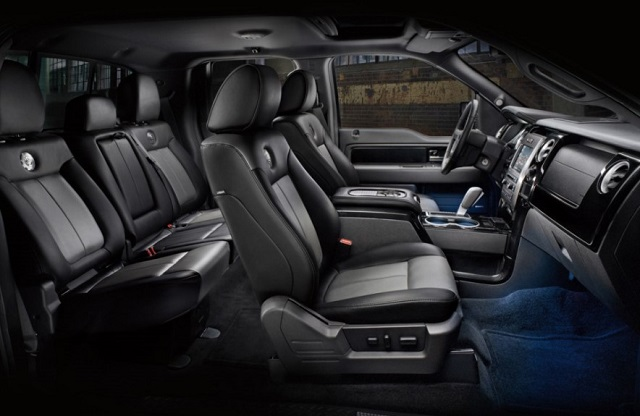 2018 Ford Excursion Interior