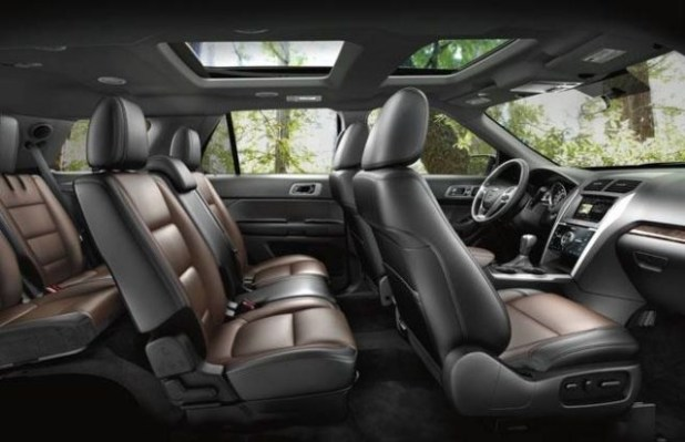 2018 ford endeavour interior