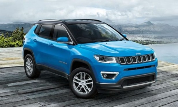 2019 Jeep Compass front view