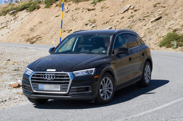 2019 audi q5 hybrid has been spotted testing in the us 2019 and 2020 new suv models. Black Bedroom Furniture Sets. Home Design Ideas