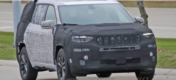 2019 Jeep Yuntu front view