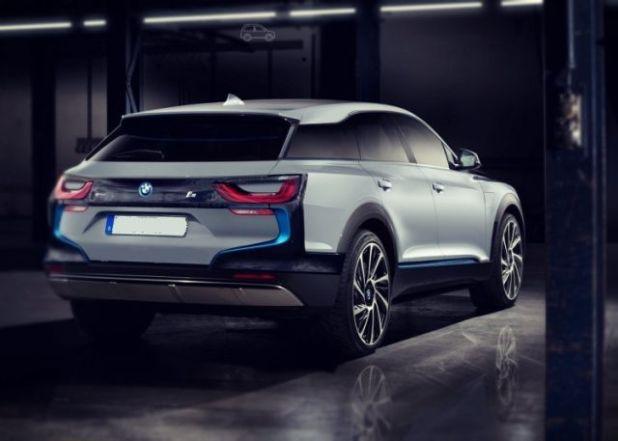 2019 BMW i5 SUV rear