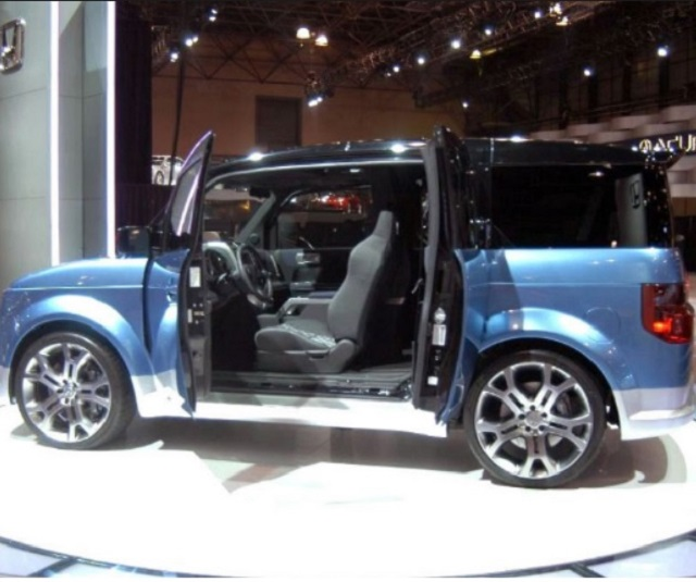 honda element side     suv models