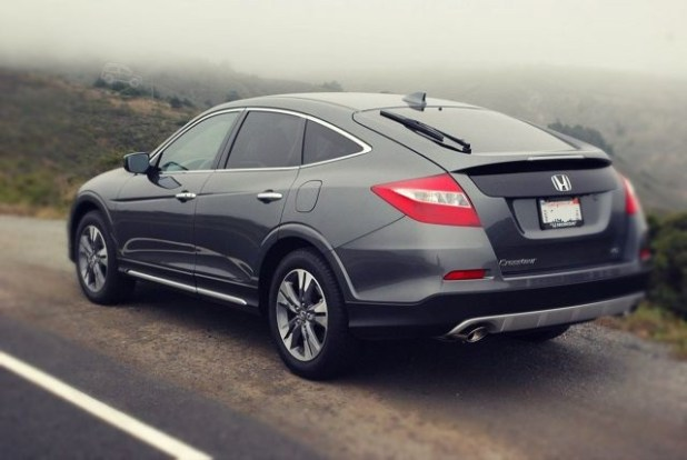 2019 Honda Crosstour rear