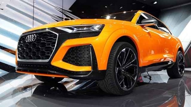 2019 Audi RS Q8 front view