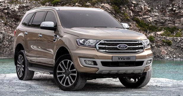 2019 Ford Everest front view