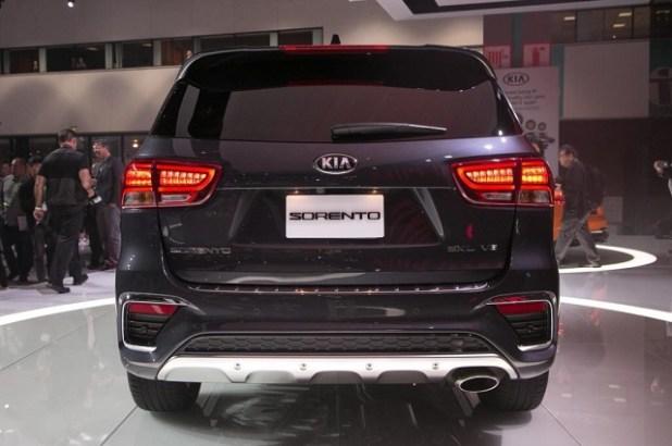2020 Kia Sorento rear view
